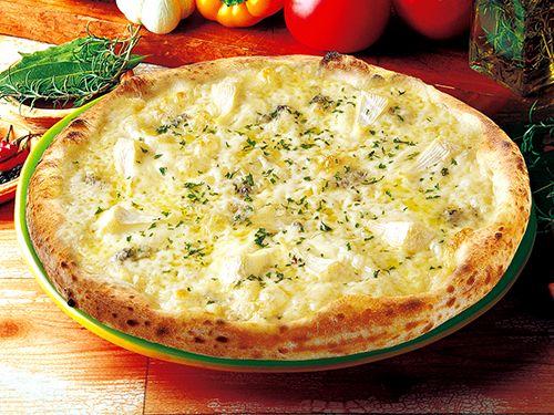 6種類のチーズのピッツァ