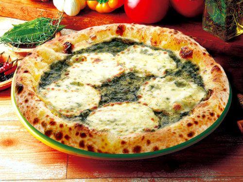 バジルとモッツァレラチーズ