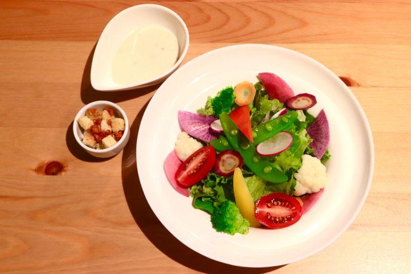 10品目の野菜シーザーサラダ