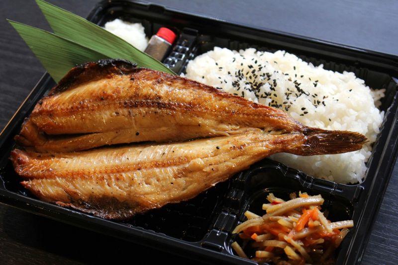 焼魚食堂 渋谷 しまほっけ一尾弁当