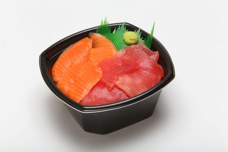マグロ・サーモン丼