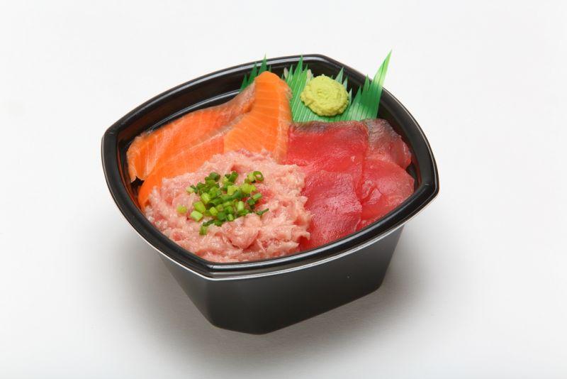 マグロ・ねぎトロ・サーモン丼