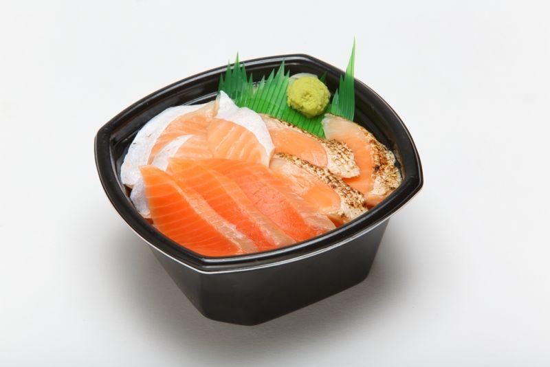 トリプルサーモン丼