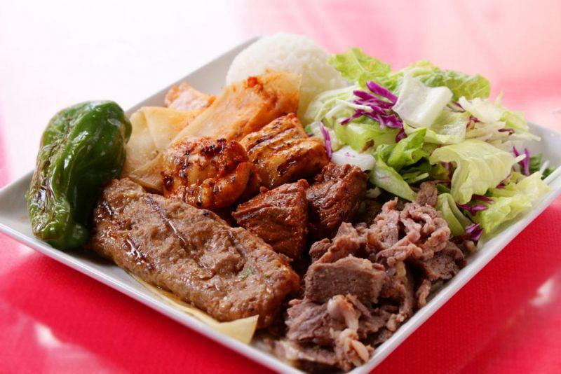 シェフのおまかせケバブ2人前(Mix Kebab for 2 people)