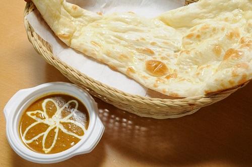 【ランチ限定】カレー+ナンセット(Lunch Curry Naan Set)