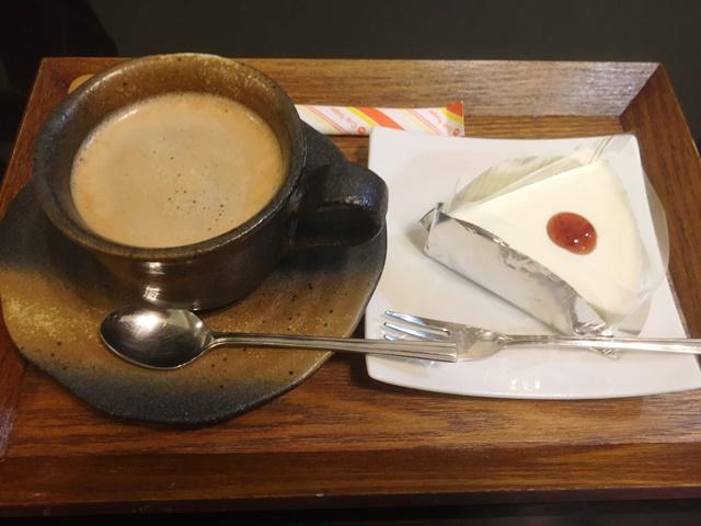 コーヒー&チーズケーキセット