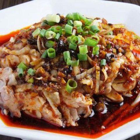 よだれ鶏~四川風鶏肉のピリ辛ダレ~ Steamed Chicken with Chili Sauce