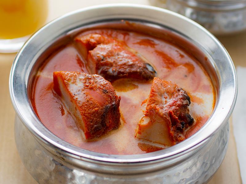 チキンティッカマサラ/Chicken Tikka Masala(ナンまたはライス付き/with Nan or Rice)