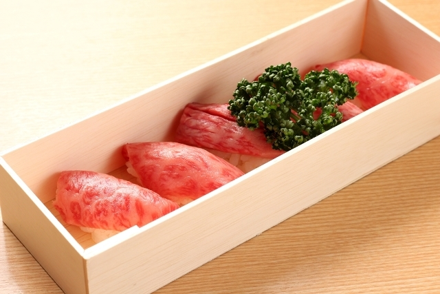 特選リブロースの炙り握り寿司(5貫)