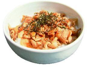 豚カルビ丼(小)