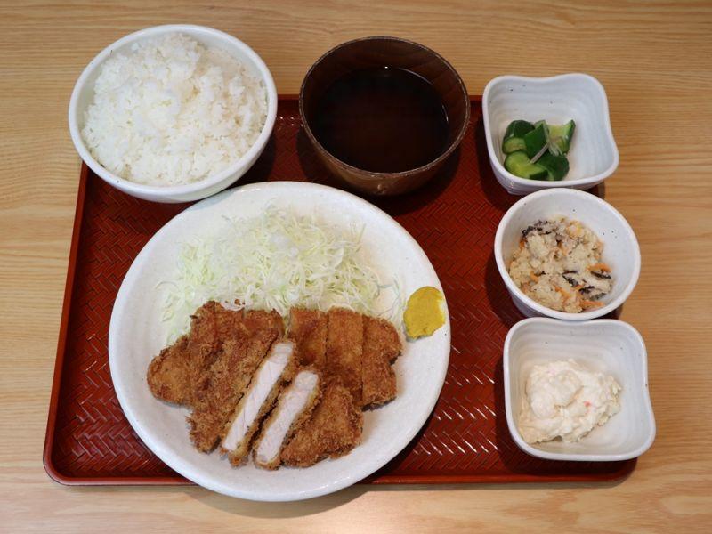 【EPARK特別価格】淡麗とんかつ1.5倍定食