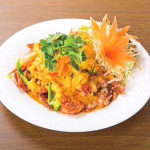 ソフトシェルと卵のカレー炒め/Stir-Fried Shell Crab and Egg with Curry