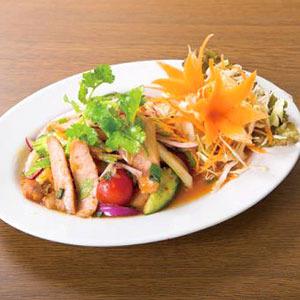 豚トロサラダ/Salad of the Pork