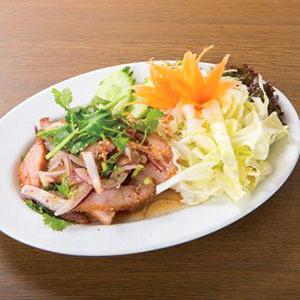 豚肉とハーブのスパイシーサラダ/Spicy Salad of the Pork with Herb
