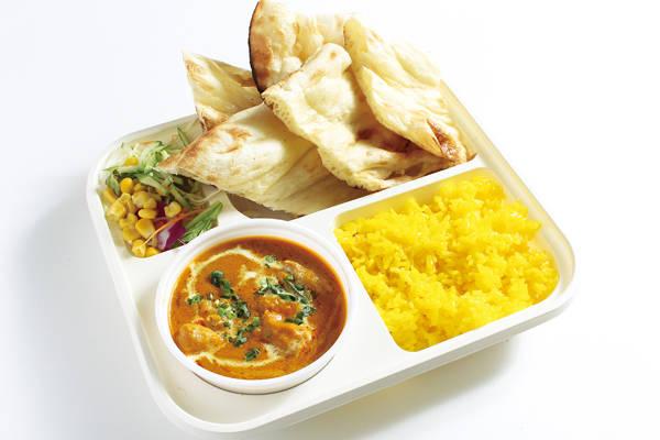 チキンカレーセット(ナン・ライス付)/Chicken Curry