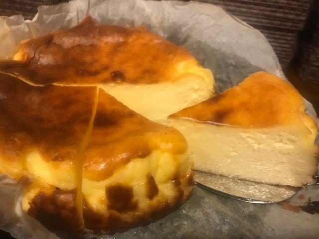 バスクチーズケーキ(ホール/15cm)