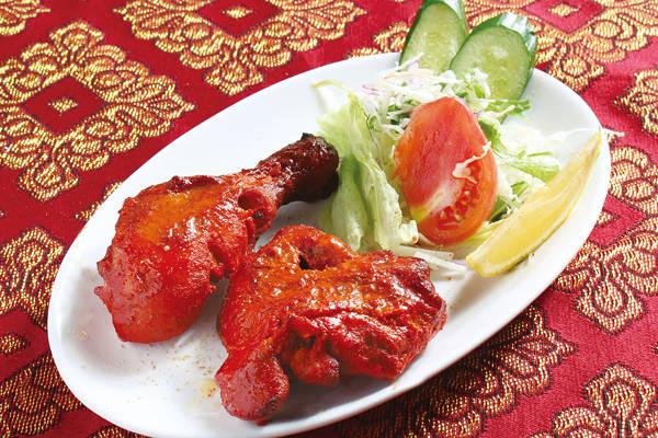 タンドリーチキン(2P)(Tandoori chicken)
