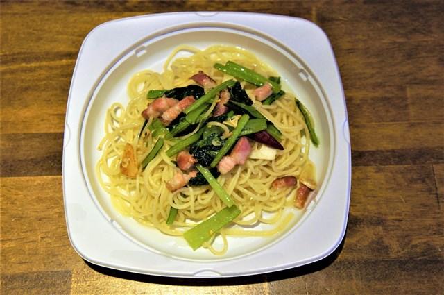 季節の自然農法野菜のペペロンチーノ