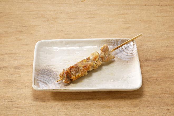 鶏もも串(塩)1本