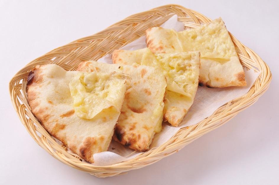 ダブルチーズナン DOUBLE CHEESE NAN