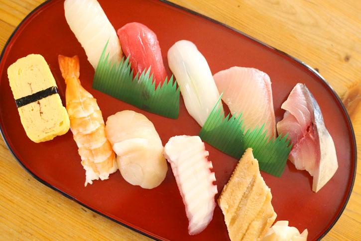 寿司盛り合わせ 並(10貫)