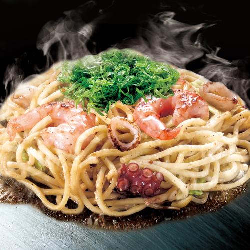 海鮮 ミックス塩焼そば (いか・えび・たこ / 特製 塩 ダレ)