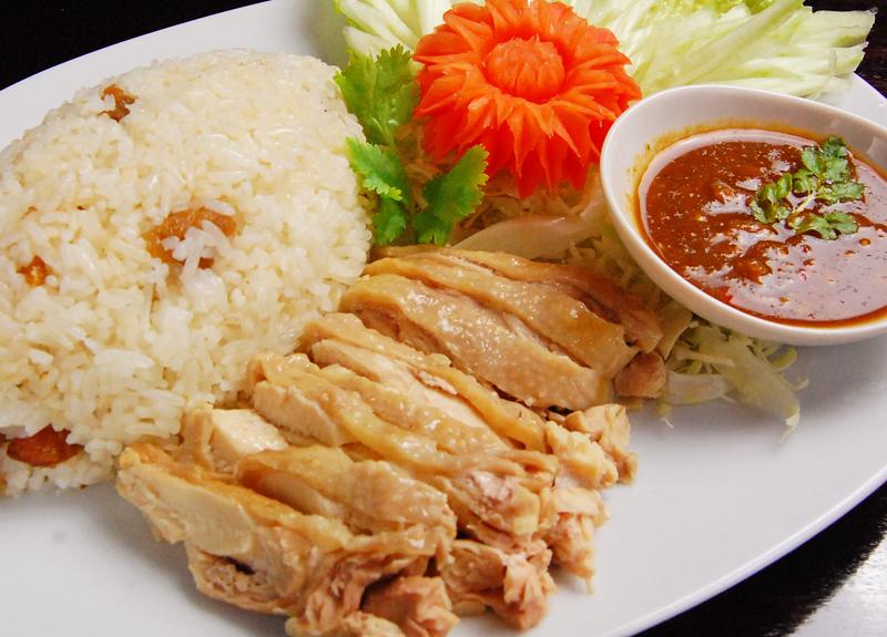 カオマンガイ(蒸し鶏ごはん)