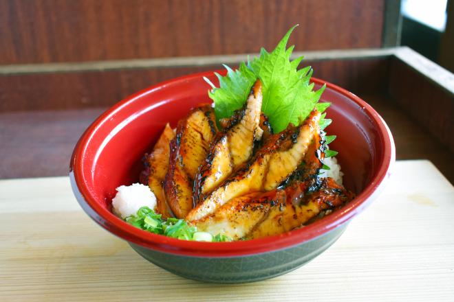 スタミナ!寿司屋の炙りうなぎ丼