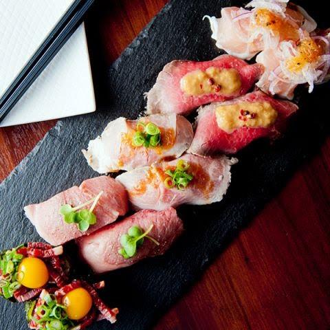 名物!RIVIO肉寿司10貫盛り