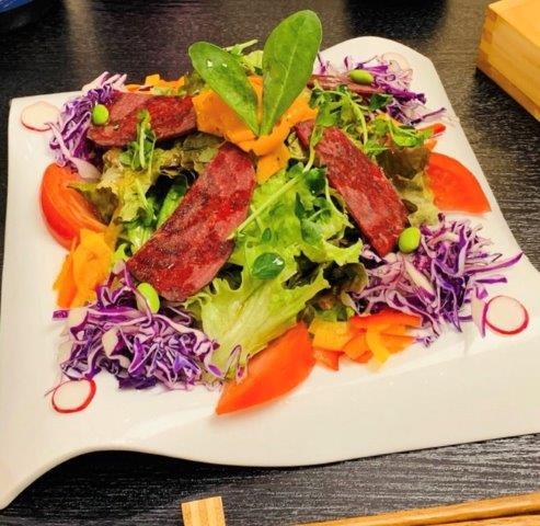 約10品目の野菜のパワーサラダ