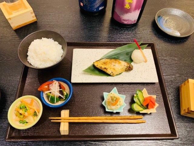銀ダラの西京焼き定食