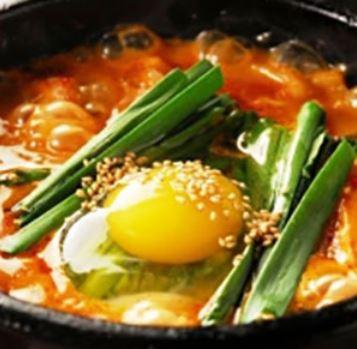 豆腐ホルモンチゲ