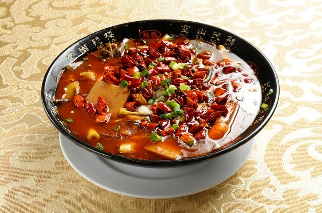 06_血豆腐とモツの辛子煮込み(重慶毛血旺)