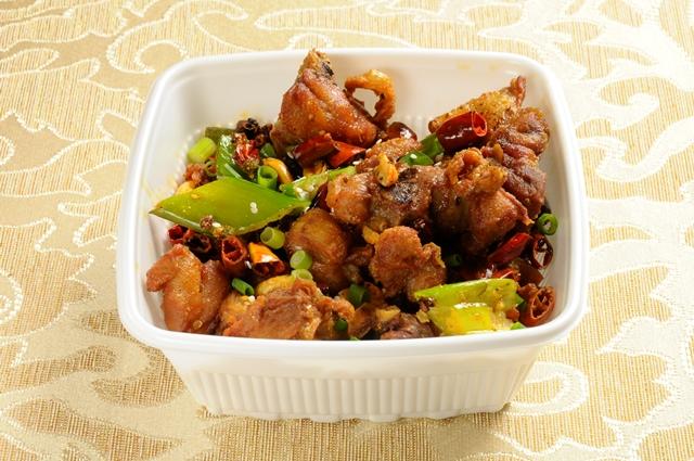 08_揚げ鶏肉と唐辛子の四川風炒め(重慶辣子鶏)