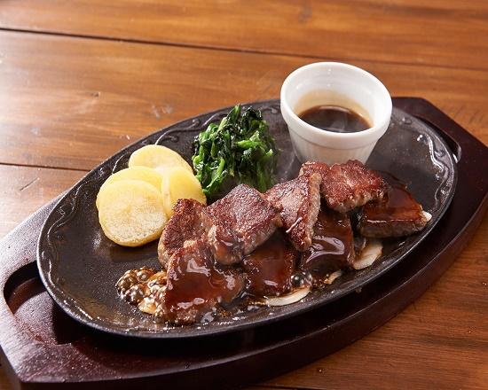 【4E】大盛り カットステーキ(約190g)~選べるソース