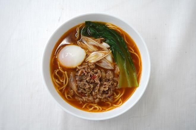 【8Y】(期間限定20%OFF!!)牛肉のピリ辛スープ~こんにゃく麺使用