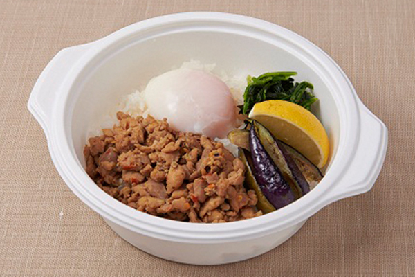 ガパオ・ガイ~鶏肉のバジル炒めごはん