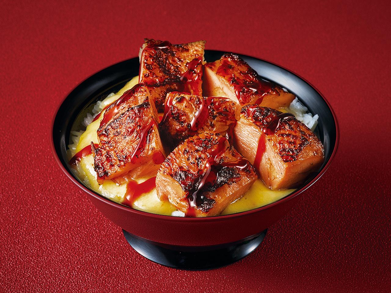 【T32】とろーりチーズのきじ焼き丼   並盛り