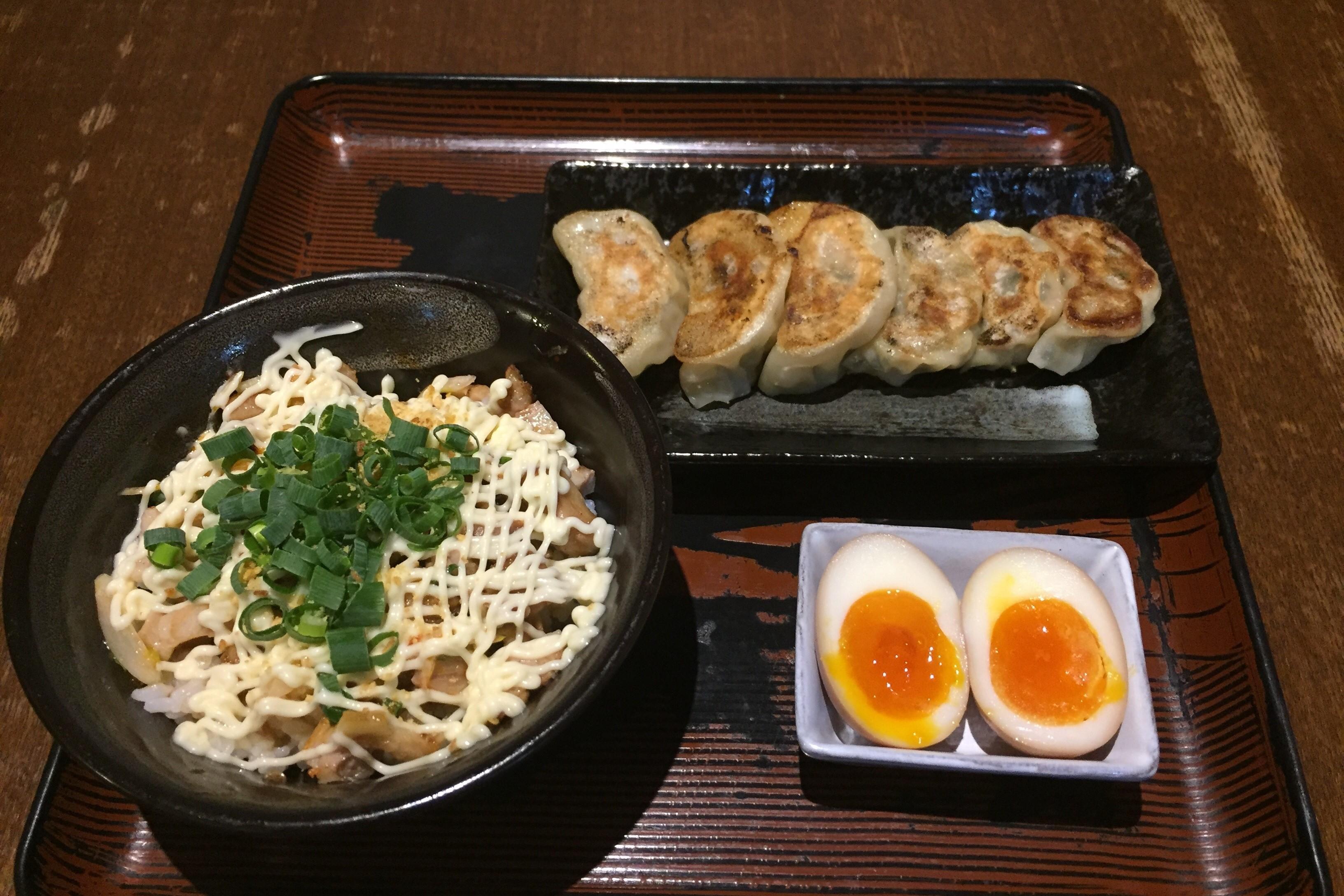 【EPARKテイクアウト限定】チャーマヨ丼セット