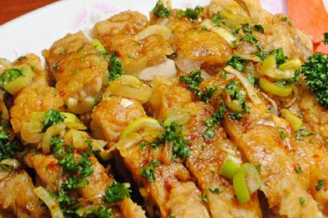 鶏肉香味揚げピリ辛ソース