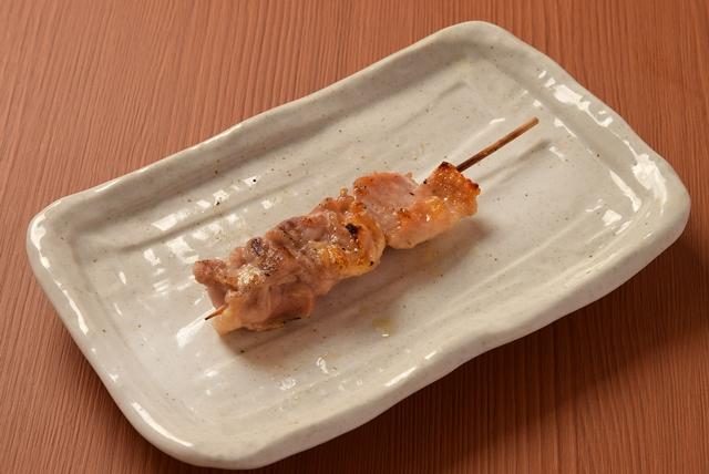 もも串(たれ・塩)2本