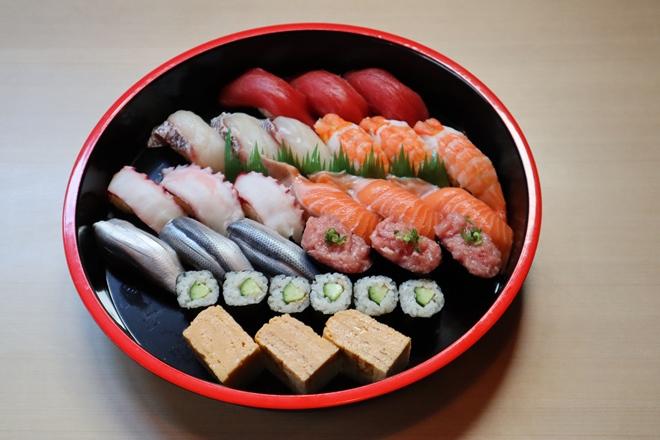 日替わり寿司 三人前