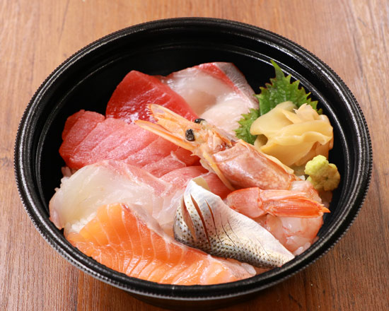 海鮮七種丼