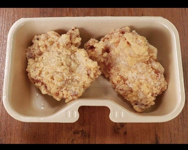 揚げたてBIG唐揚げ(1ヶ)~秘伝の特製醤油~ Freshly-Fried Big Chicken  (1 piece) ~Special Soy Sauce Flavor~