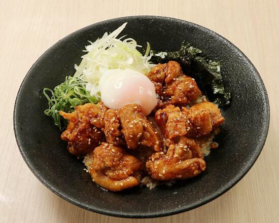 特製からあげ半熟玉子丼 Specially Made Deep-fried Chicken Rice Bowl with Soft-boiled Egg