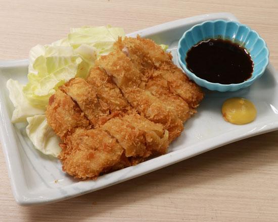 鶏かつ Chicken Cutlet