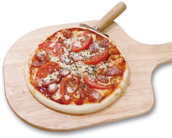ソーセージとフレッシュトマトのスパイシーピザ Sausage & Fresh Tomato Spicy Pizza