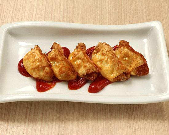 チーズ餃子  Cheese Gyoza Dumplings