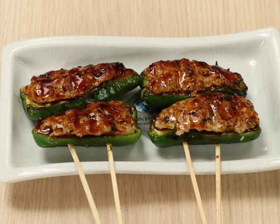 ピーマンの肉詰め串 Meat Stuffed Green Pepper Skewer