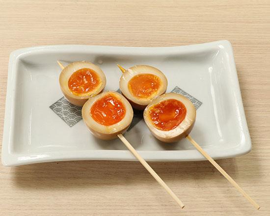 とろーり煮玉子串 Seasoned Egg Skewer